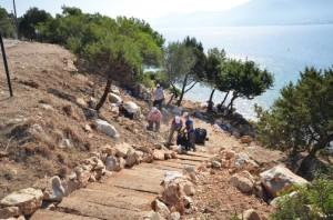 belediye ekipleri torba sahilini duzenledi (1)