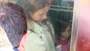bodrum-anne-kız asansörde mahsur kaldı