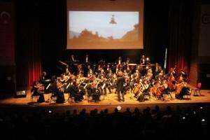 """Büyükşehir Orkestrası'ndan """"Film Müzikleri Konseri"""" (1)"""