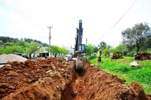 Yalıçiftlik Mahallesi'nde İçme Suyu Hatları Yenileniyor (2)