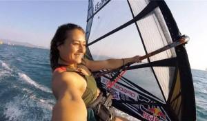 Bodrumspor'un Rüzgar Sörfü sporcusu Lena Erdil