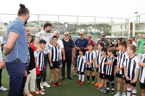 TOLGA ZENGİN'DEN GENÇ FUTBOLCULARA ÖĞÜTLER