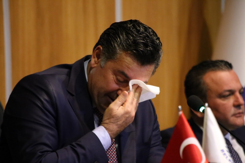 SON MECLİS TOPLANTISINDA DUYGUSAL ANLAR YAŞANDI