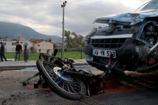 MOTOSİKLET SÜRÜCÜSÜ FECİ KAZADA CAN VERDİ